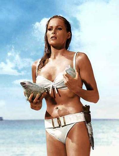 Bond_girl_bikini