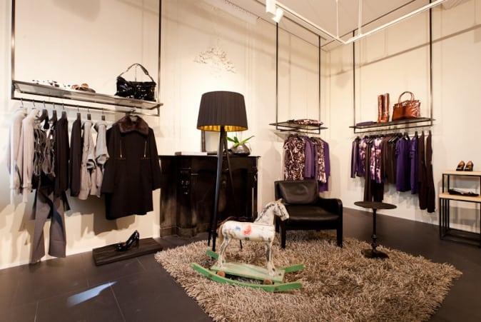 Escada rolt concept uit in maastricht lovestohave for Interieur winkel den haag