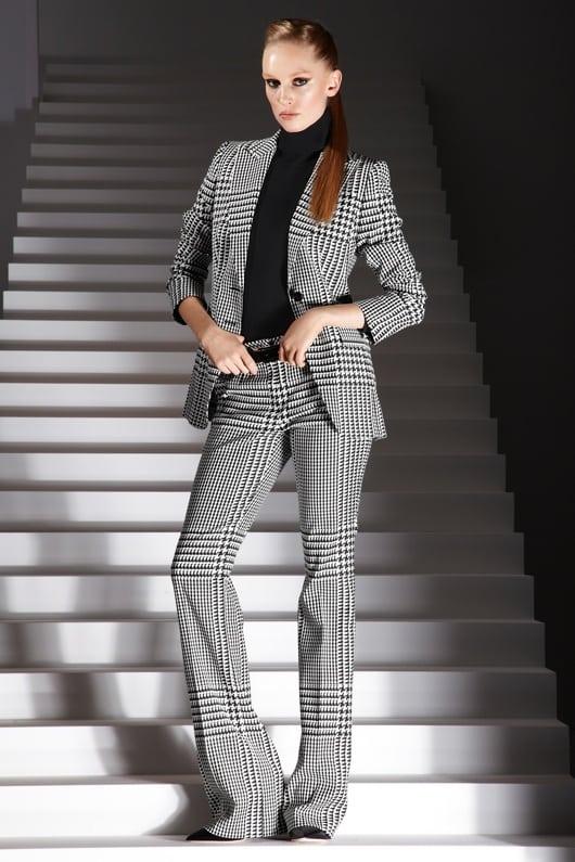 Escada_AW2012_suit_pieddepoule1