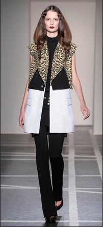 Givenchy_SS2011_01