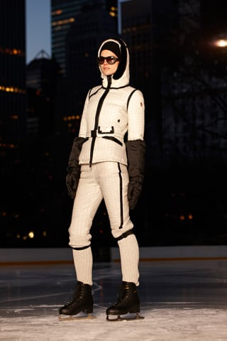 Moncler_AW2012_witte_jas