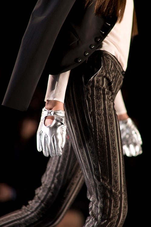 PatriziaPepe_AW2012_gloves