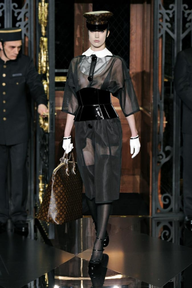 Vuitton_AW2011_Fetish