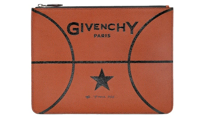 Basketball clutch van Givenchy