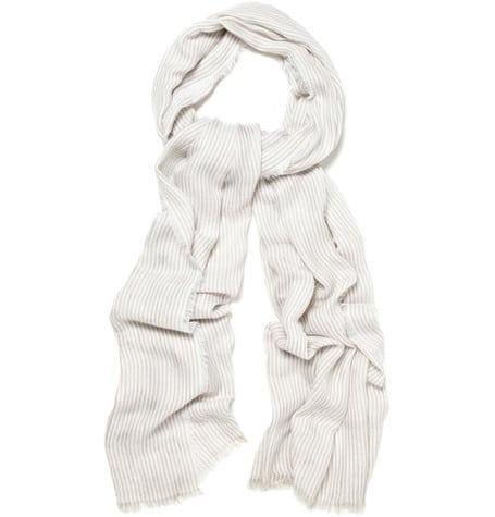 Stylesuite doet 'm de das om: een shawl maakt af