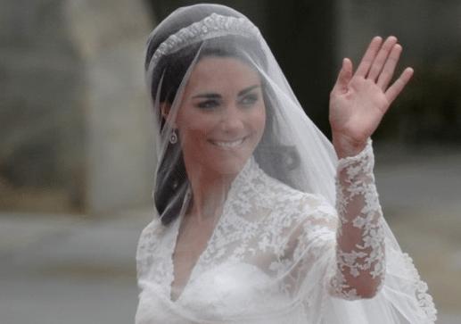 Sarah Burton ontwerpt jurk prinses Kate