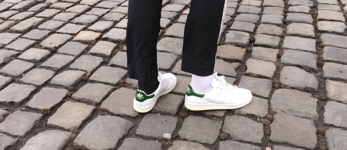 Welke kleur sokken in je witte sneakers