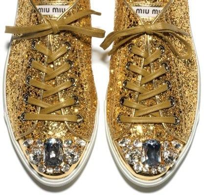 Bling bling sneakers van Miu Miu