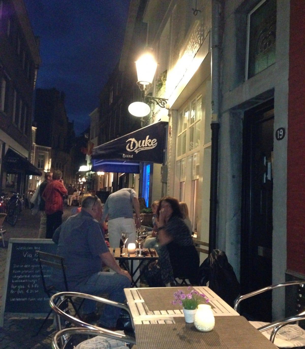 Via Mucca: dé wijnbar van Maastricht
