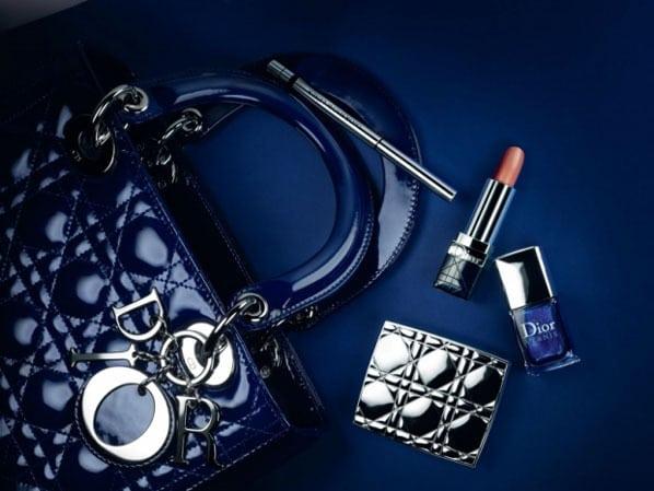 Geen black tie maar blue tie voor Dior