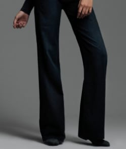 Move over skinny jeans! Flared jeans in opmars