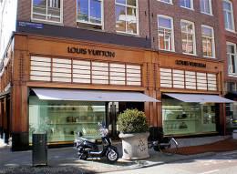 bd0a93db4e5 Louis Vuitton – LovestoHAVE