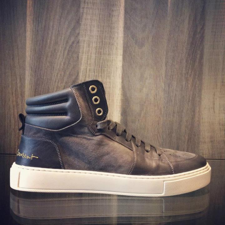 Sneakers van Yves Saint Laurent