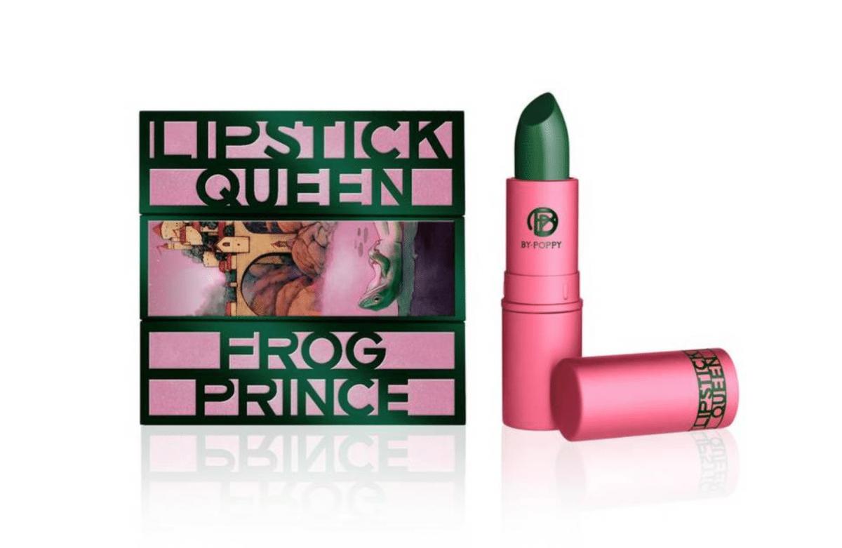 Roze lippen groene Frog Prince lipstick