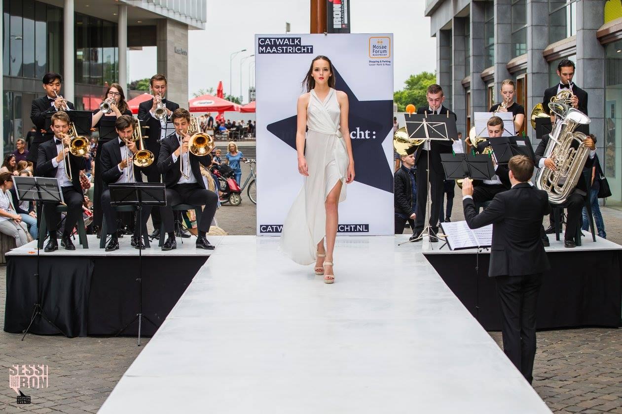 witte jurk Karlijn Krijger