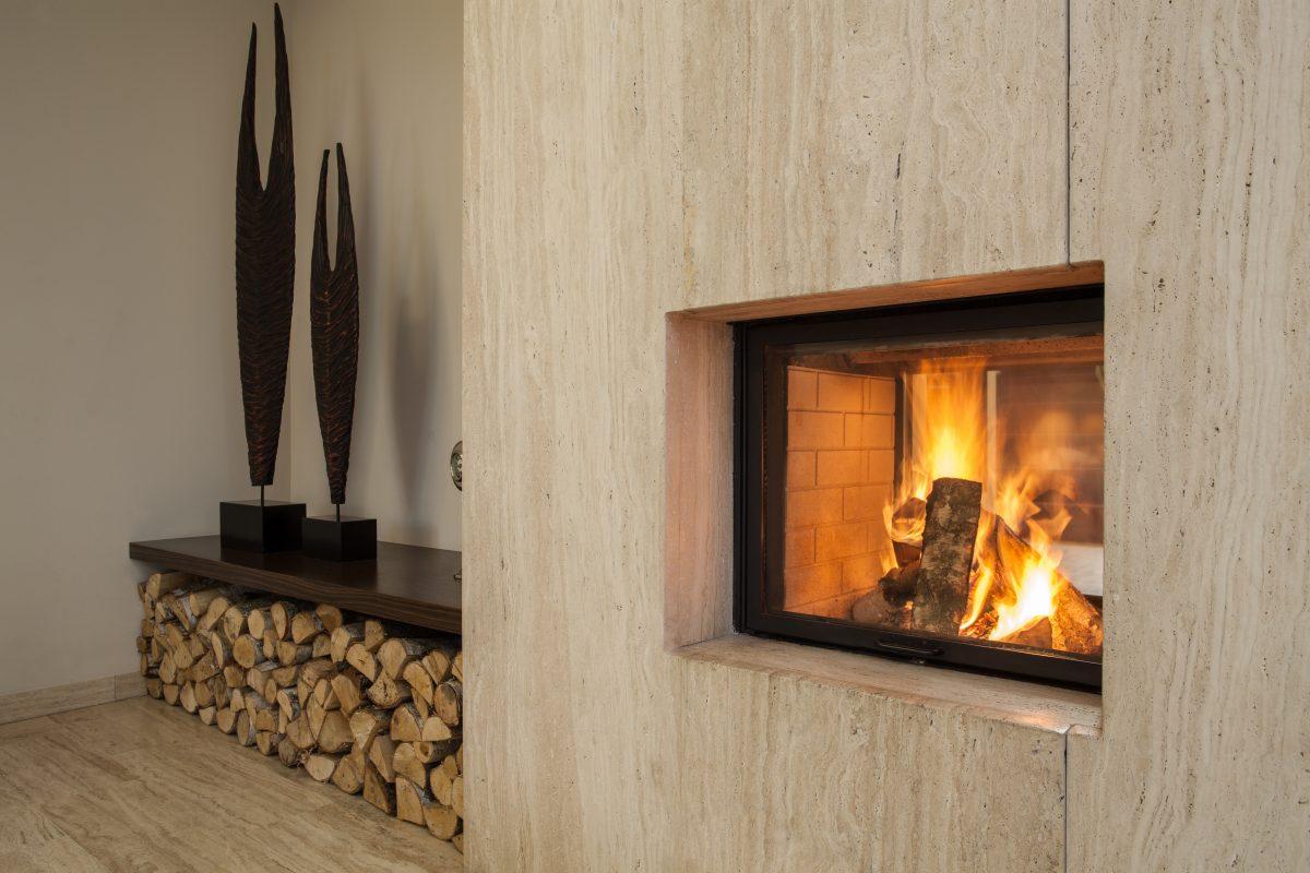 Een sfeermaker in huis: een houtkachel of sfeerhaard