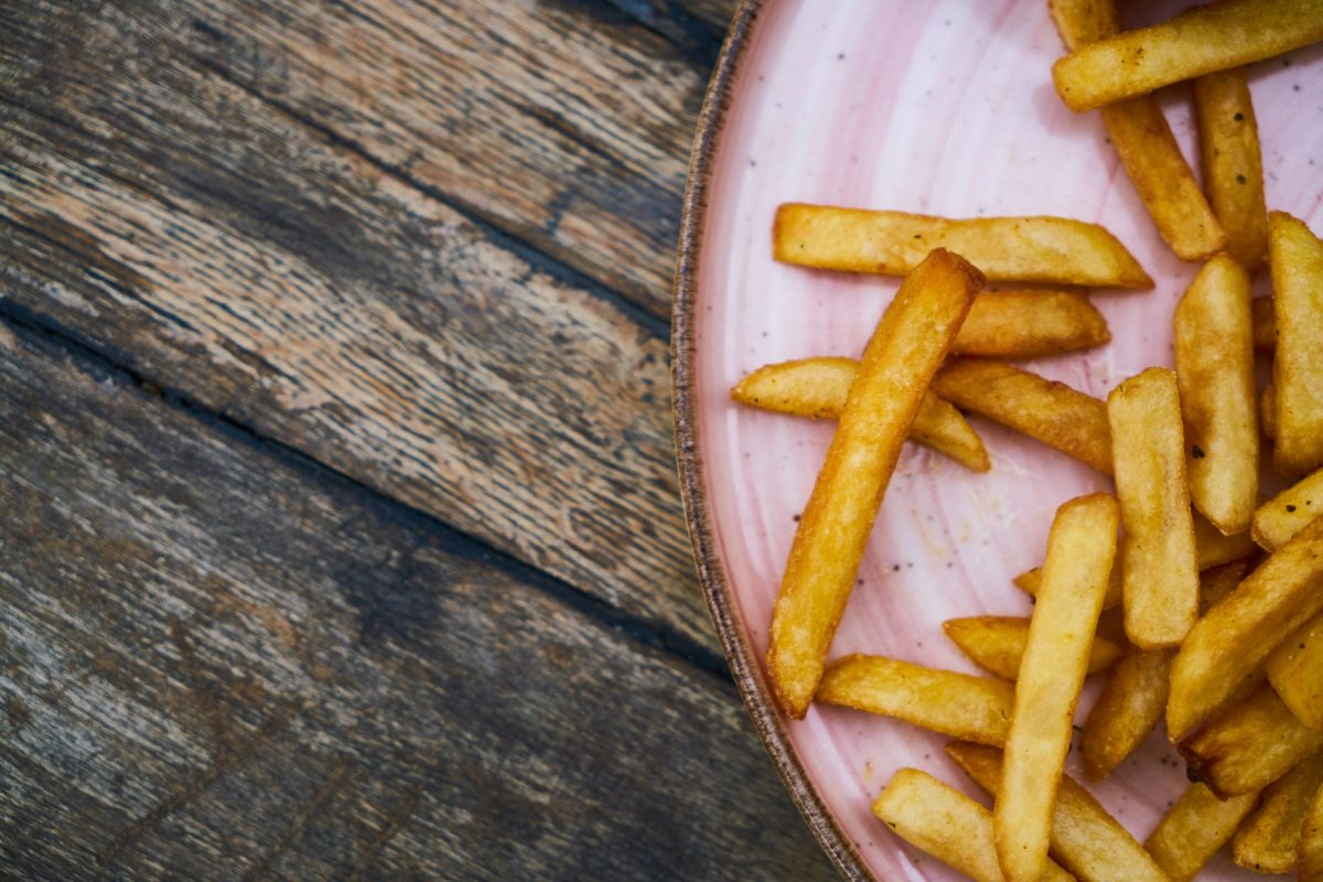 Zelf frietjes maken? Zo doe je dat!