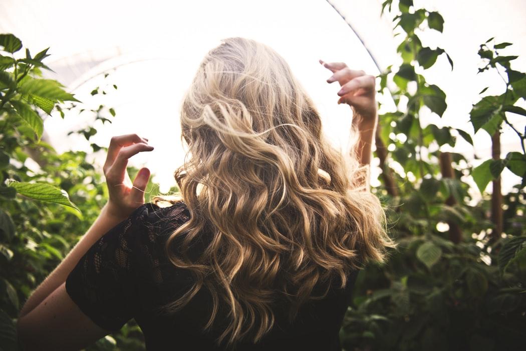 5 Tips om je haren langer te laten groeien