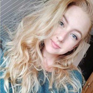 Naomi Schiks