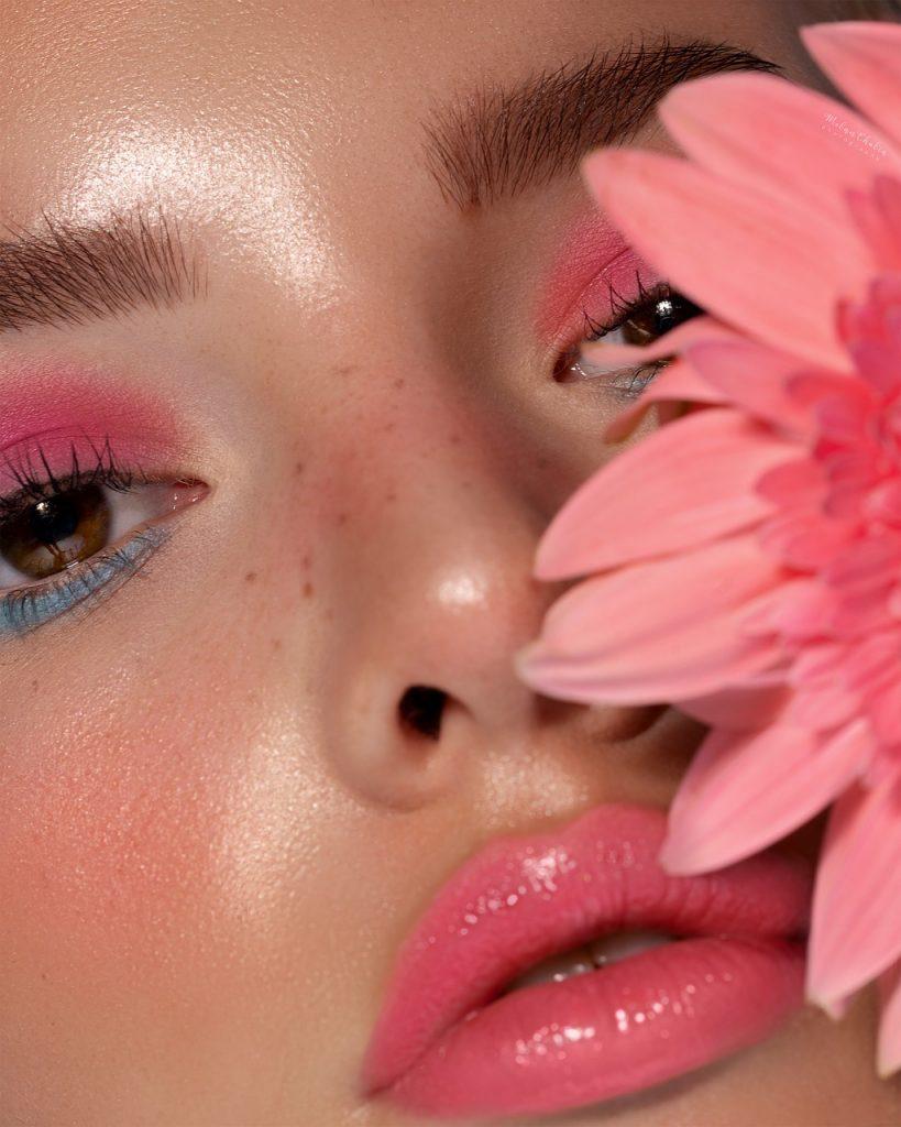 Felle neonkleuren, make-up trends 2020