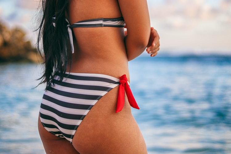 Bikini figuur voor peerfiguur zomer van 2020 en 2021