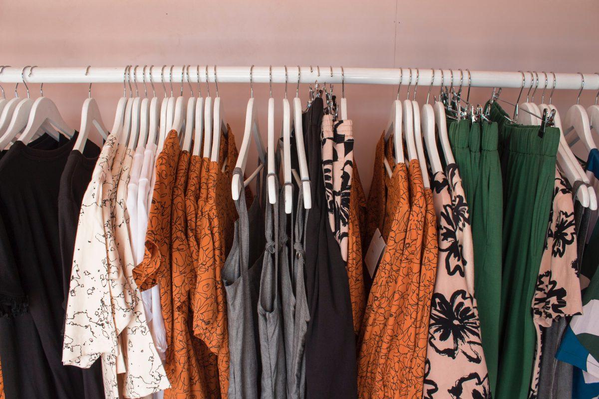 Wat is het verschil tussen fast & slow fashion?